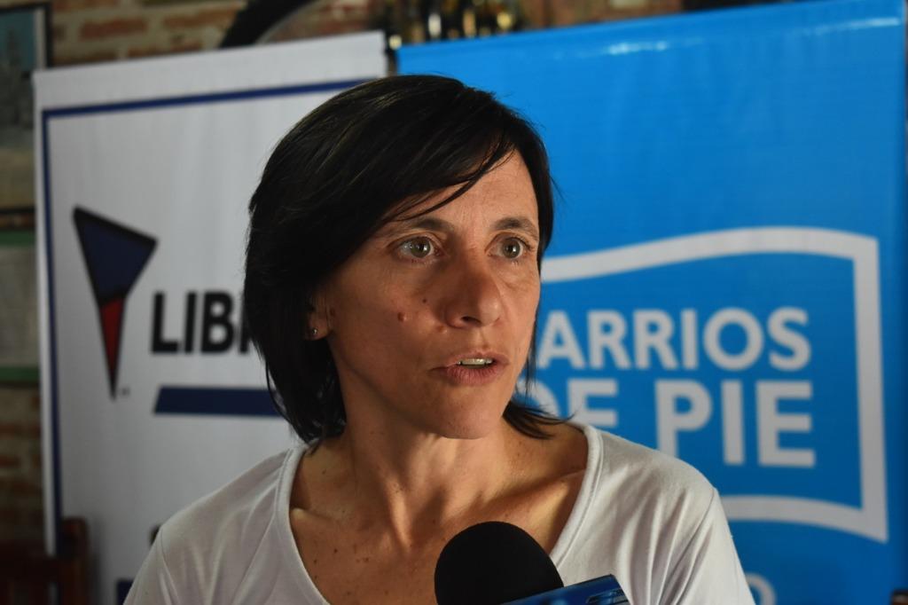 Silvia Saravia: «De la pobreza se sale con trabajo digno»