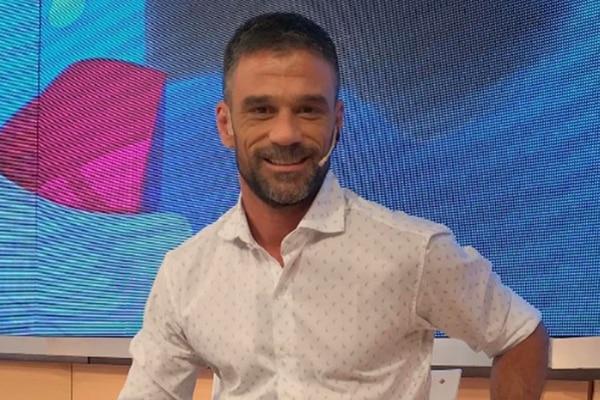 Lucas Bertero dijo que en el Bailando «necesitan sangre», que Nora Carpena «no entiende un pito» de periodismo y que Nicole Neumann es «tipo nada»