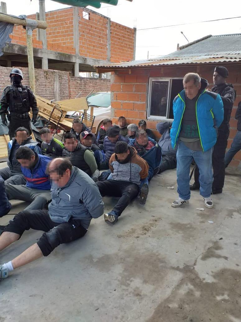 Riñas de gallos: 7 detenidos y 50 animales secuestrados