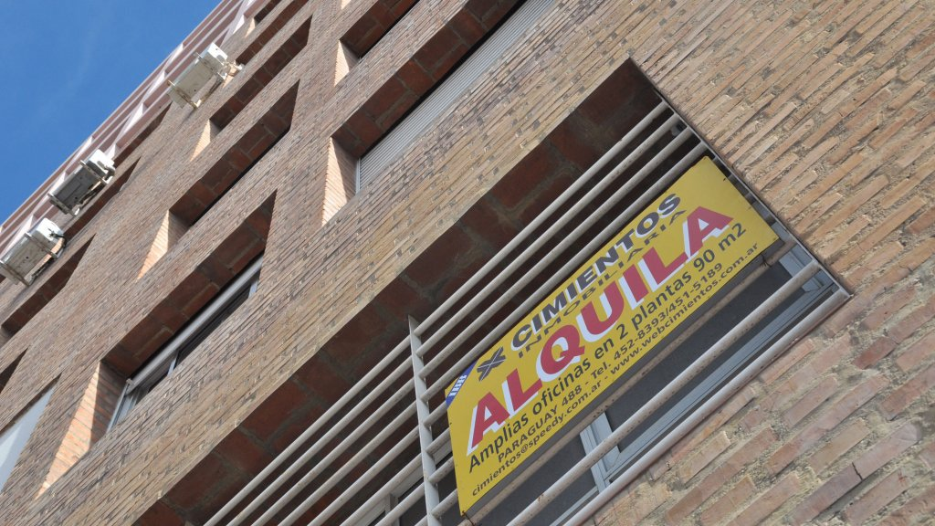 Piden a Macri que congele precios de alquileres por 6 meses