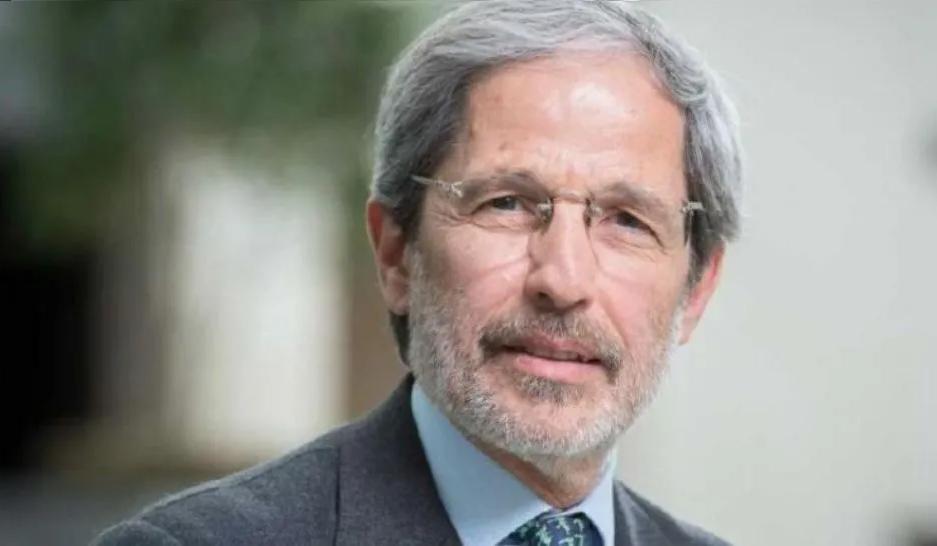 Héctor Torres: «Hay que poner una restricción al acceso de divisas»