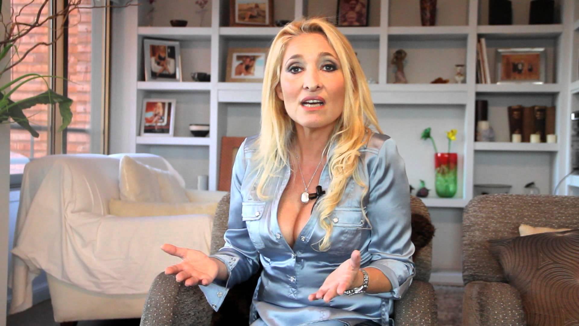 Sandra Lustgarten: «La mujer tiene que abrirse más a las situaciones de placer»