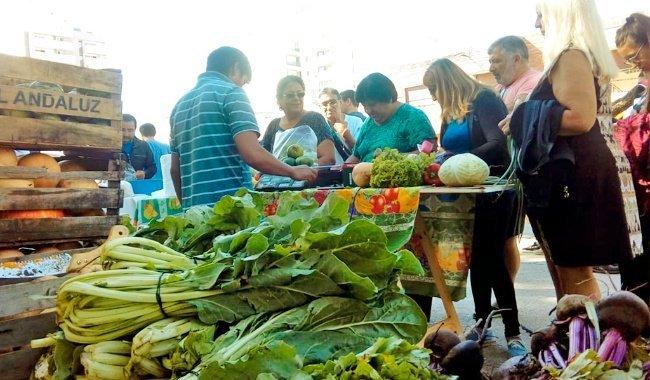 Nuevo verdurazo en Plaza de Mayo