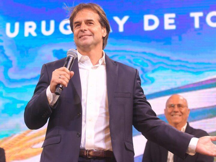 El presidente de Uruguay dijo que los femicidios son «efectos colaterales» de la cuarentena